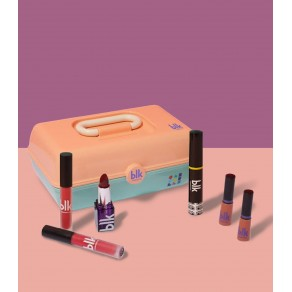 Blk X Caboodles + 90's Makeup Bundle
