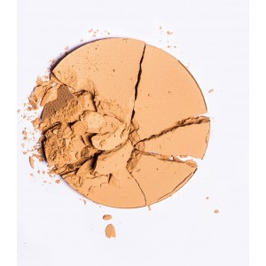 Blk All-Day Matte Powder Foundation - Light Beige